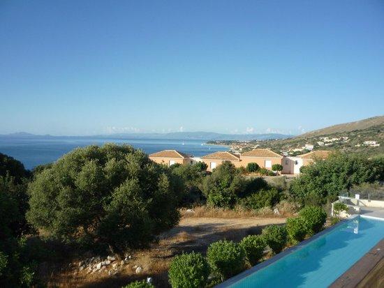 Apostolata Island Resort & Spa : View From Balcony To Scala