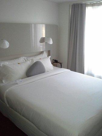 Hotel Le Marcel: Chambre