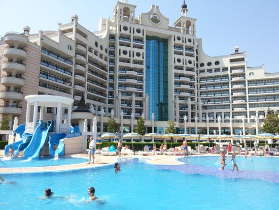 Sunset Resort: Pool