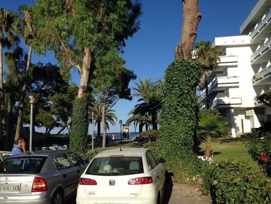 Hotel Condesa de la Bahía: Vista Llegada Exterior Hotel
