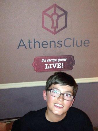 Athens Clue detective
