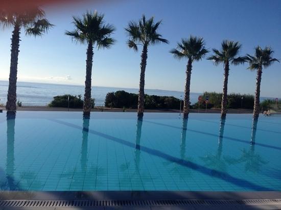 TUI Sensimar Tesoroblu Hotel & Spa: infinity pool