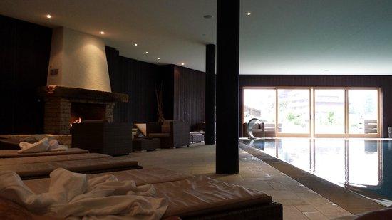 Chalet RoyAlp Hotel & Spa : piscine de l'hôtel