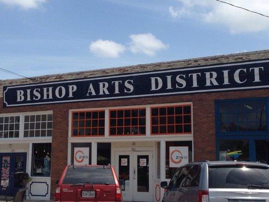 Bishop Arts District : Street view