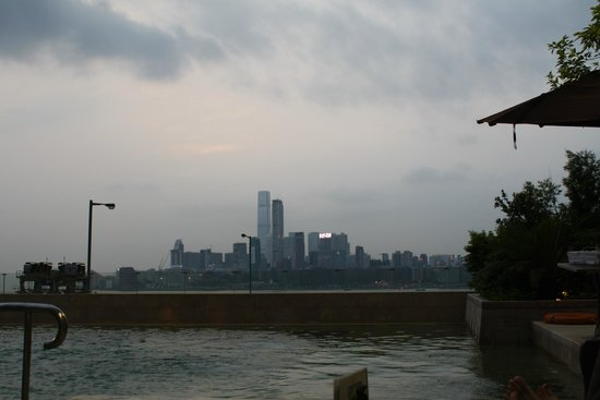 Harbour Grand Hong Kong: View of skyline from pool