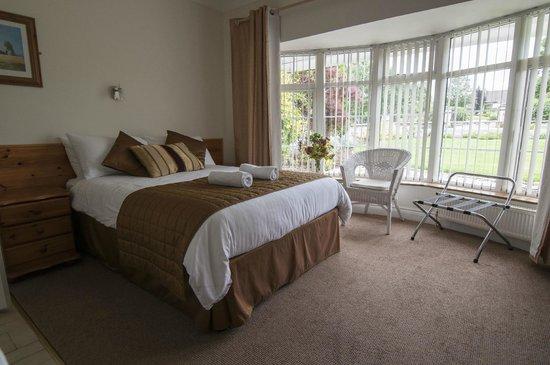 Benown House B&B: Double Bedroom
