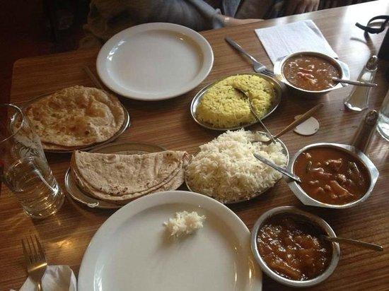 """The India Club Restaurant: quand je dis """"copieux"""""""