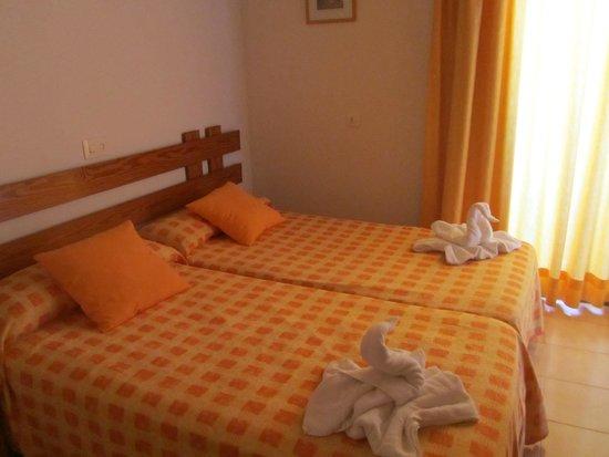 Hotel Rosamar: Camera da letto