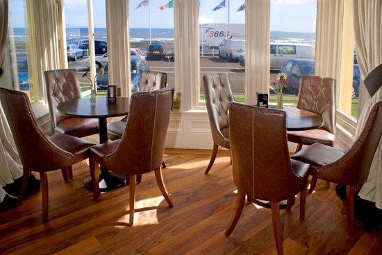 Staincliffe Hotel: Darwin Restaurant