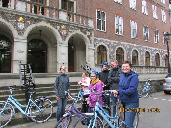 The London Bicycle Tour Company: Westminster school