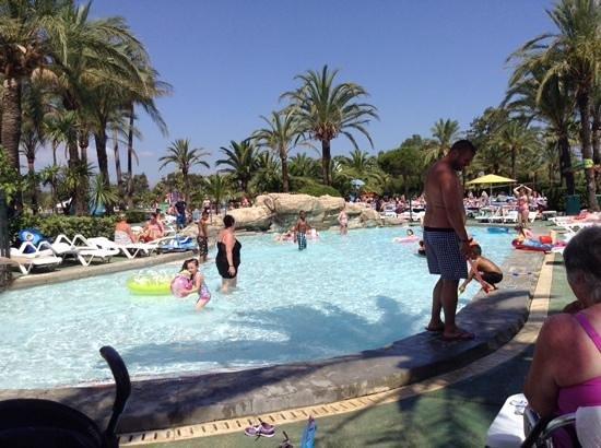 Club MAC Alcudia: at Saturno pool