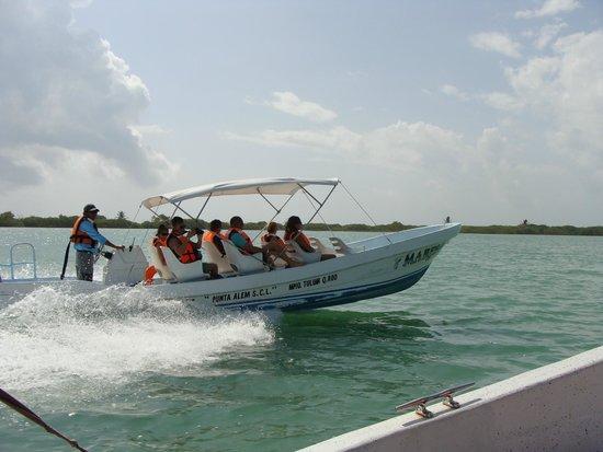 Sian Ka'an Biosphere Reserve: bateau