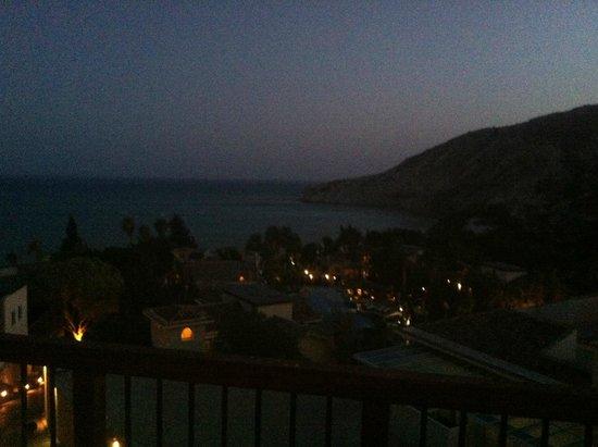 Columbia Beach Resort Pissouri : Night View of Pissouri Bay