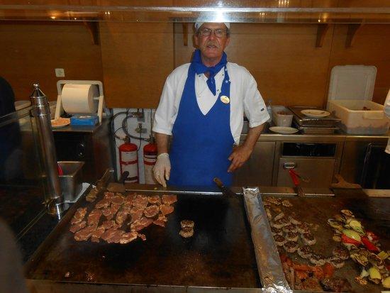 Mitsis Rinela Beach Resort & Spa : grillades
