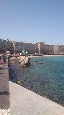 Rhodes: City walls