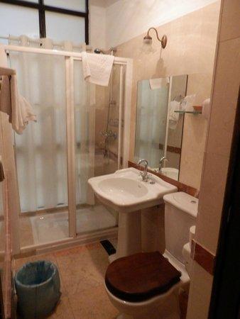 Casona de San Andres Hotel: Salle de bain