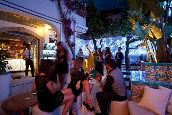 Morgana Lounge Bar Taormina : Il giardino del Morgana Lounge Bar
