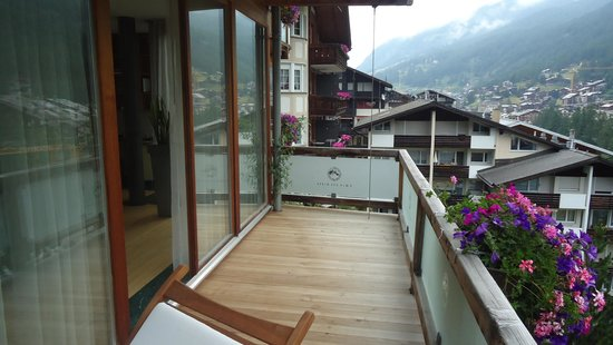 Coeur des Alpes: Balcony