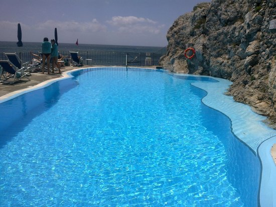 Hotel Luna Convento : The stunning pool always clean and with cold beer.....