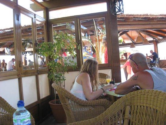 Dream Gran Castillo Resort : pool bar