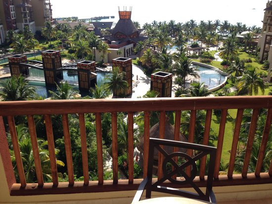 Villa del Palmar Cancun Luxury Beach Resort & Spa : view from balcony