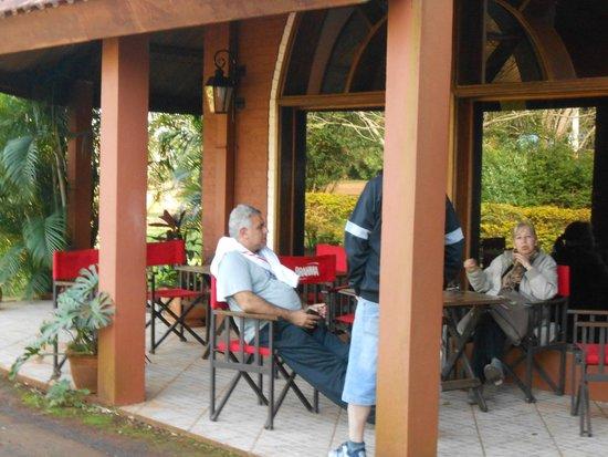 Marcopolo Suites Iguazu: En la galeria del hotel