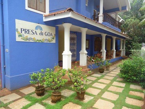 Presa di Goa Country House : Hotel Porch