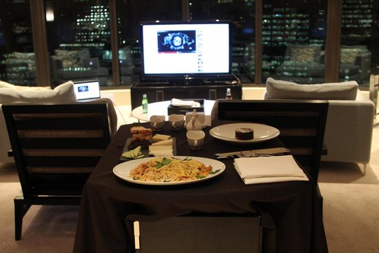 Crown Towers Melbourne: room service