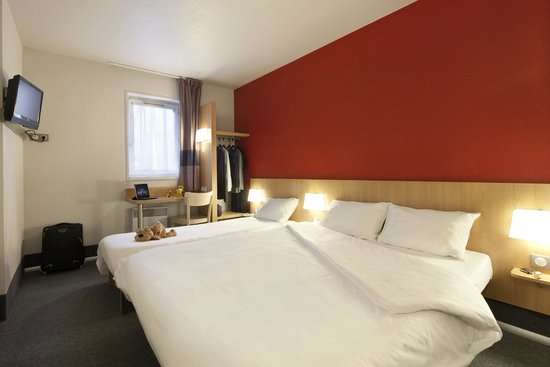 b b hotel evry lisses 1 france hotel reviews tripadvisor. Black Bedroom Furniture Sets. Home Design Ideas