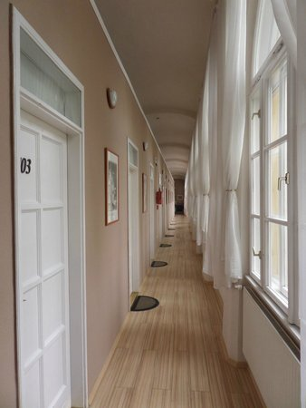 Csaszar Hotel : Hotel corridor