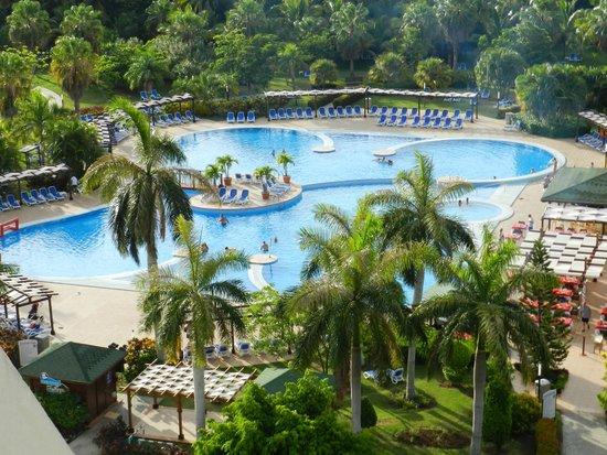 Blau Varadero Hotel Cuba: piscine vue de la chambre