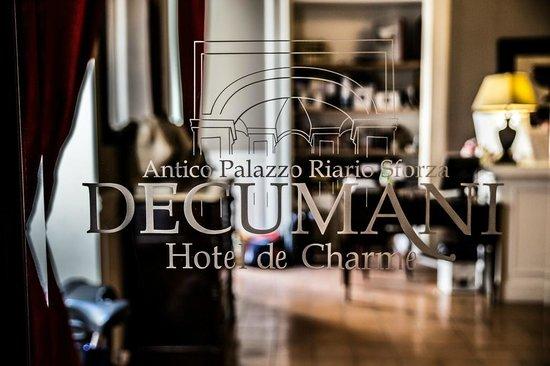 Decumani Hotel de Charme: Logo Hotel