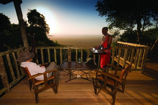 Mara Engai Wilderness Lodge : Your private viewing deck overlooking the Masai Mara and migration route
