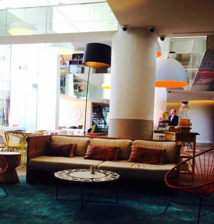QT Gold Coast: Lounge area on the ground floor