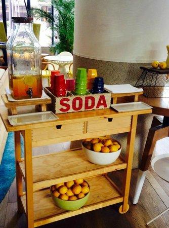 QT Gold Coast: Refreshments for all guests