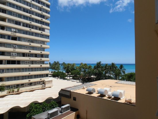 Pacific Beach Hotel: View from lanai