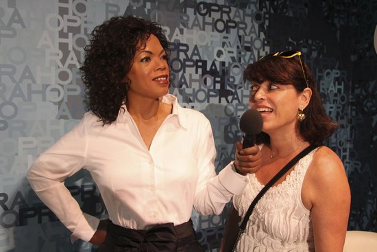 Madame Tussauds -  Las Vegas: Entrevistada pela Oprah