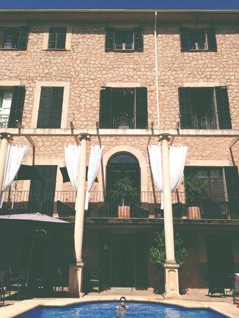 Hotel L'Avenida: Swimming pool
