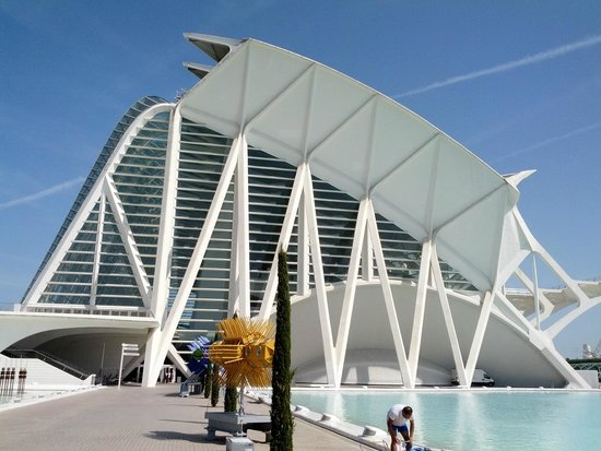 City of the Arts and Sciences: город науки