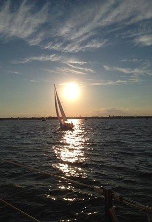 Schooner Woodwind: GORGEOUS SUNSET