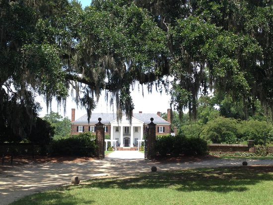 Welcome Center Picture Of Boone Hall Plantation Mount Pleasant Tripadvisor