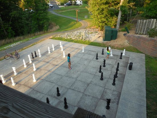 Shenandoah Crossing: outdoor chess