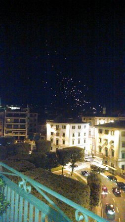 Hotel Continentale: View from Rooftop terrace- Wish lanterns