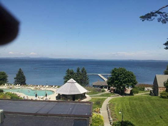 Holiday Inn Bar Harbor Regency: View from an EVEN number room
