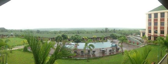 Greenleaf The Resort : Pool view