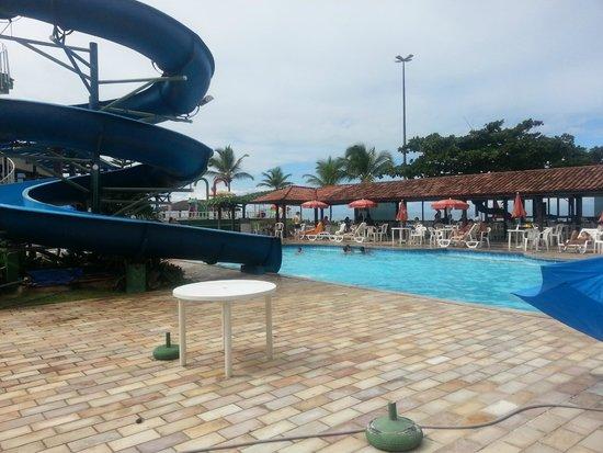 Hotel Costa Cabralia: Tobogã, todos curtem muito!