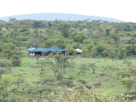 Kicheche Valley Camp : View of camp from across the valley