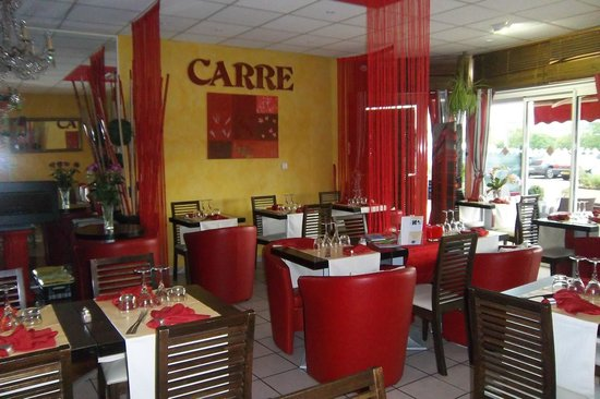 Le Carre Rouge