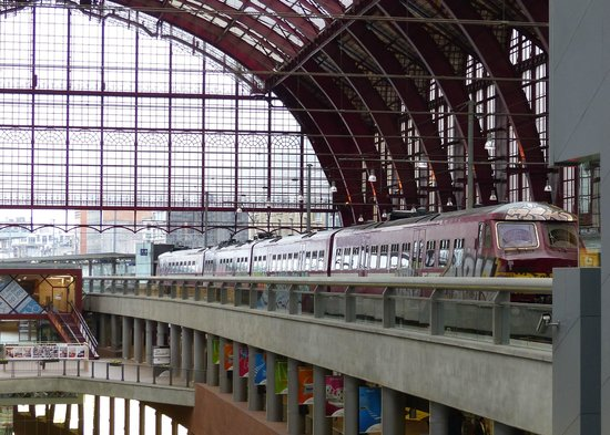 Gare centrale : Train Shed of Antwerp Station