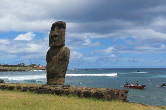 Hotel y Cabañas Tea Nui: Moais